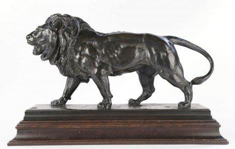 Le Lion Qui Marche by Antoine-Louis Barye