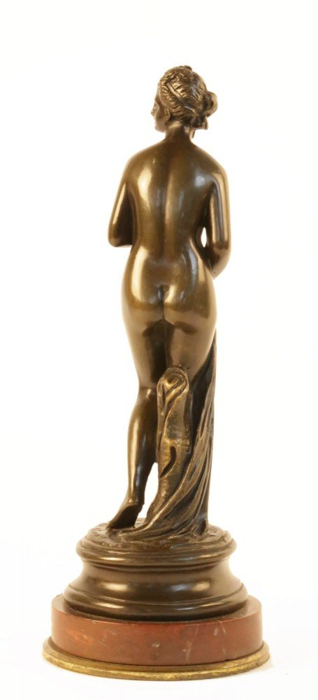 Baigneuse by Etienne Maurice Falconet