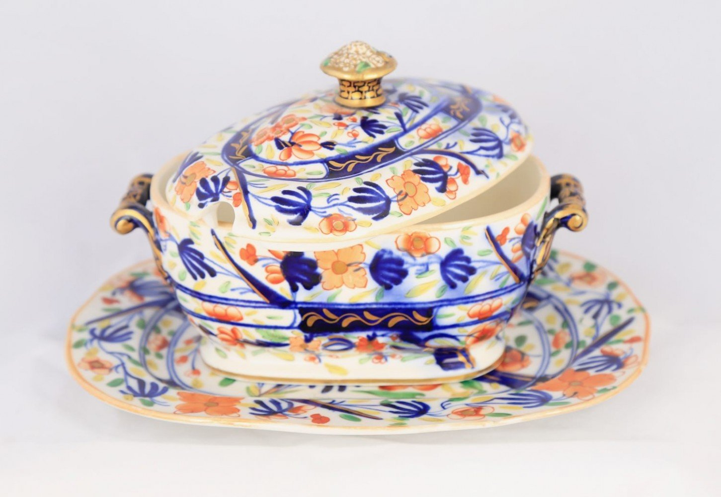 Two English Soft Paste Porcelain Imari Pattern Covered Sauce Dish and Underplate