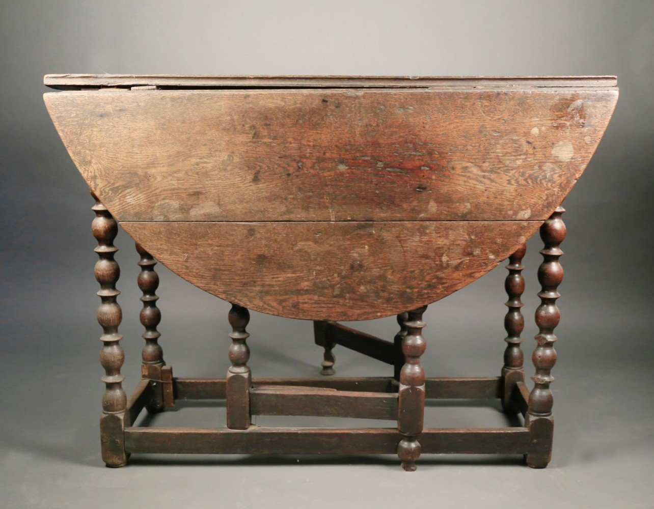 English William and Mary Oak Gateleg Table, 17th/18thc.