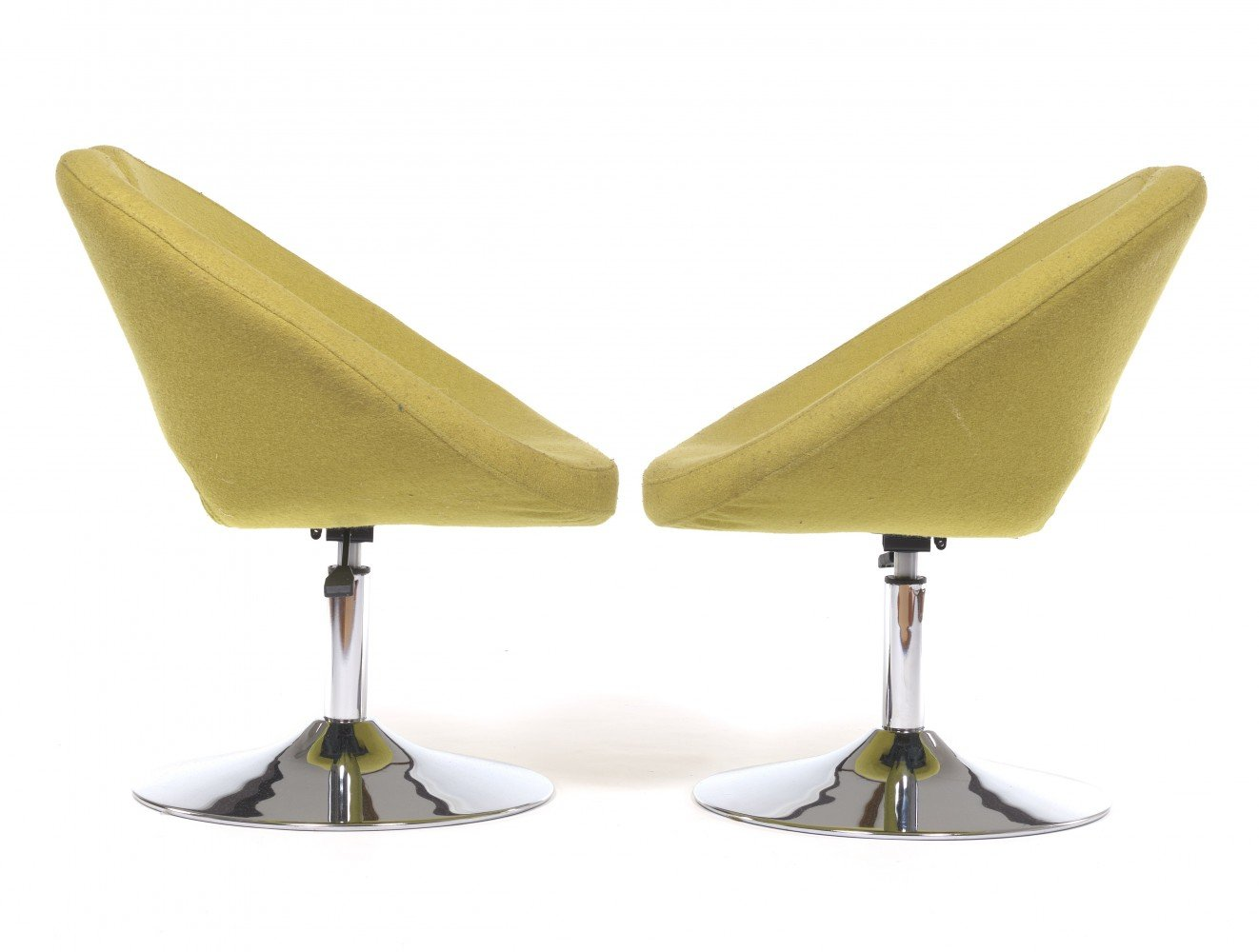 Swivel chair with foamed wooden shell, connected to the aluminum base with chrome tube, upholstered in chartreuse by French Artist Norguet
