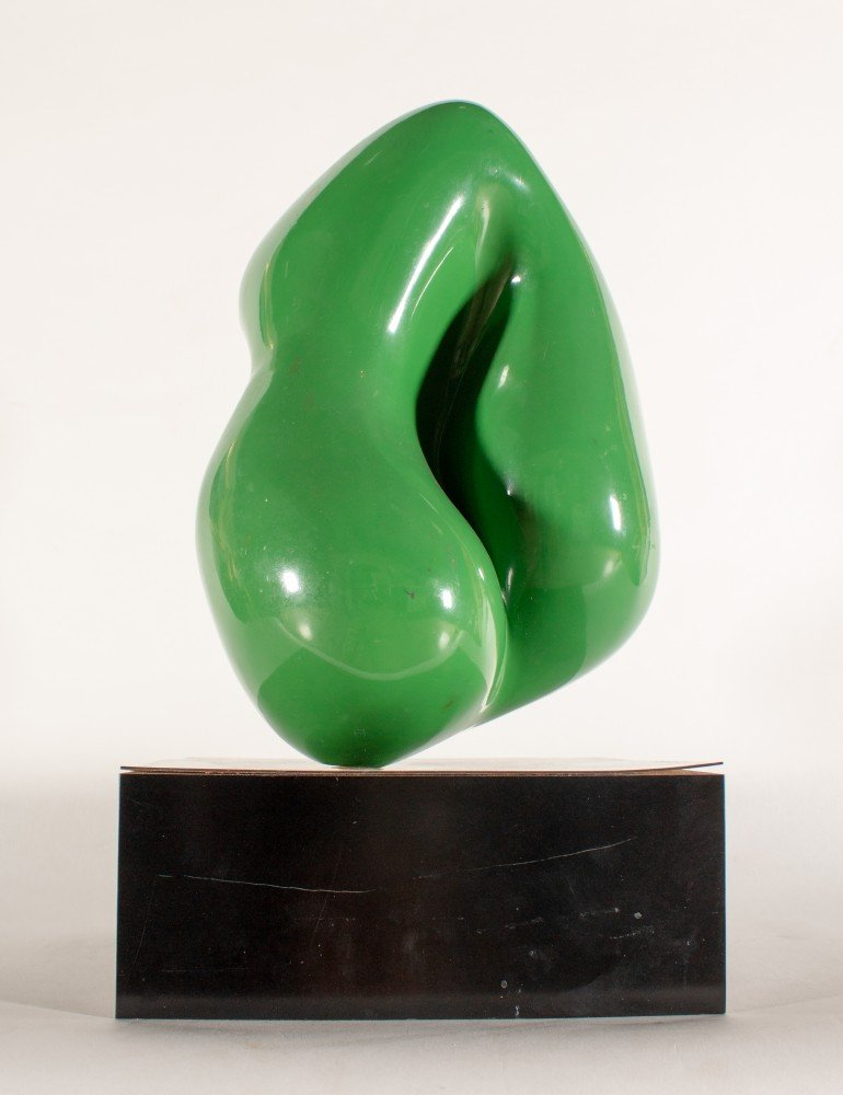 Abstract Green Plastic Mid-Century Modern Work on Black Wooden Rectangular Base Sculpture: