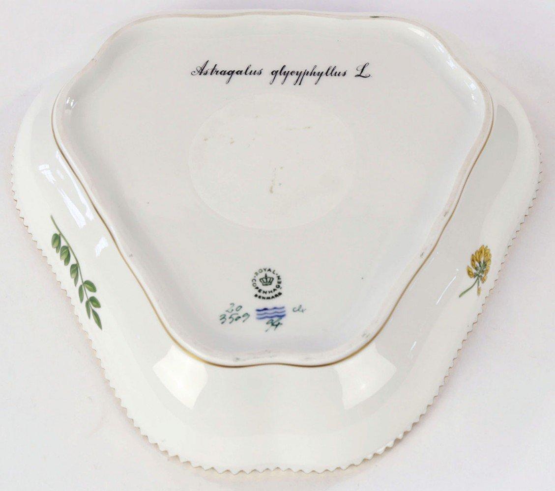 A Flora Danica Triangular Cake Dish, Royal Copenhagen