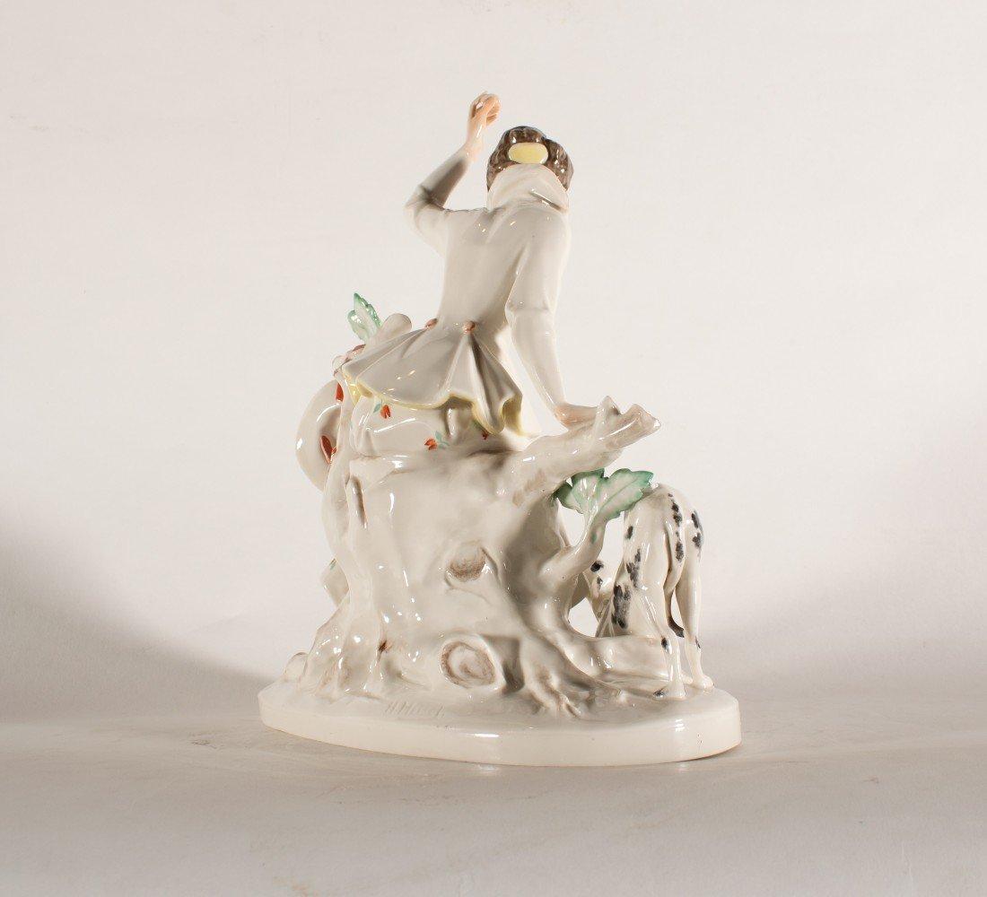 Figurative Porcelain Decorative Art: