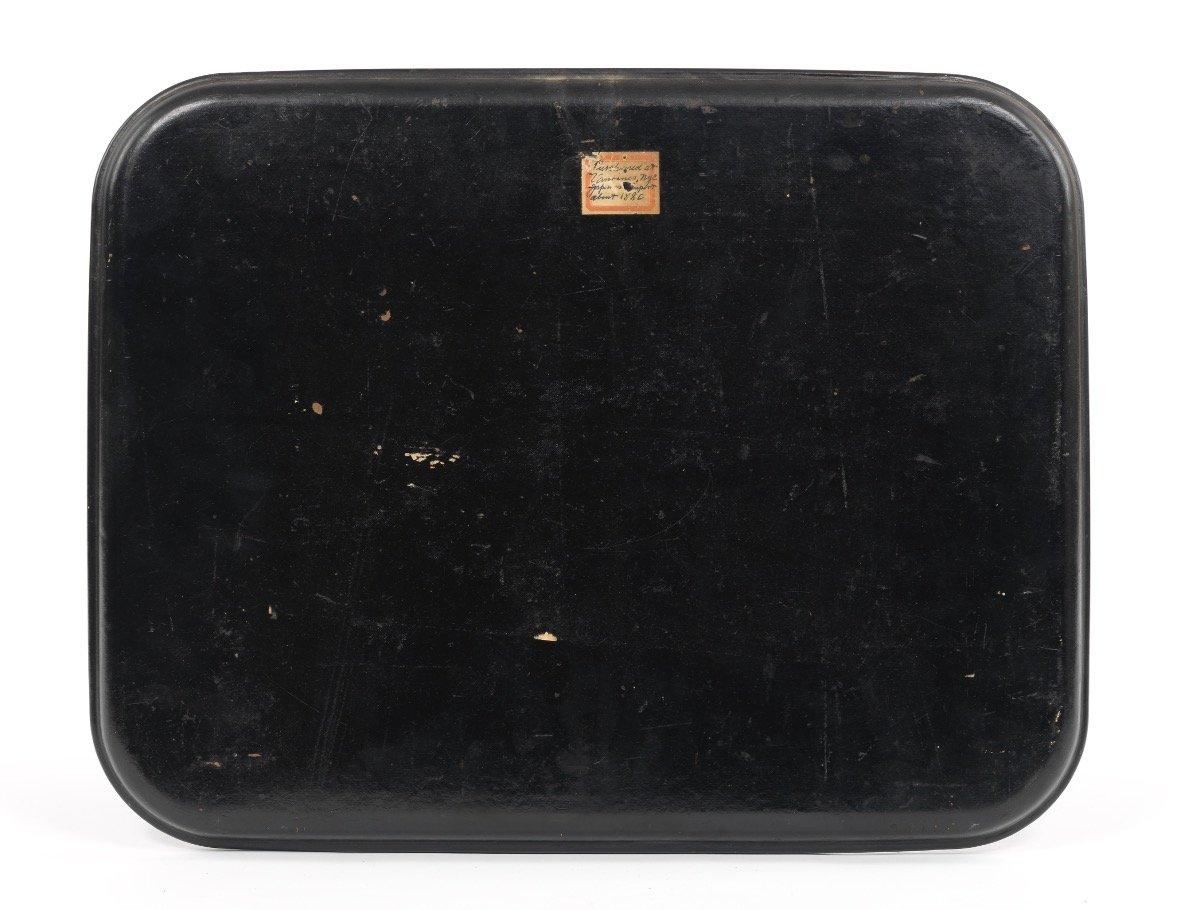 Japanese Lacquered Tray Depicting a Warrior Punishing his Vanquished Enemy