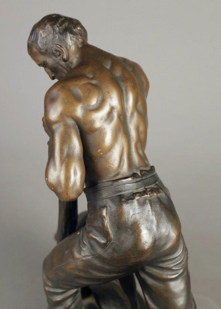 Terracotta Figure of a Noble Workman